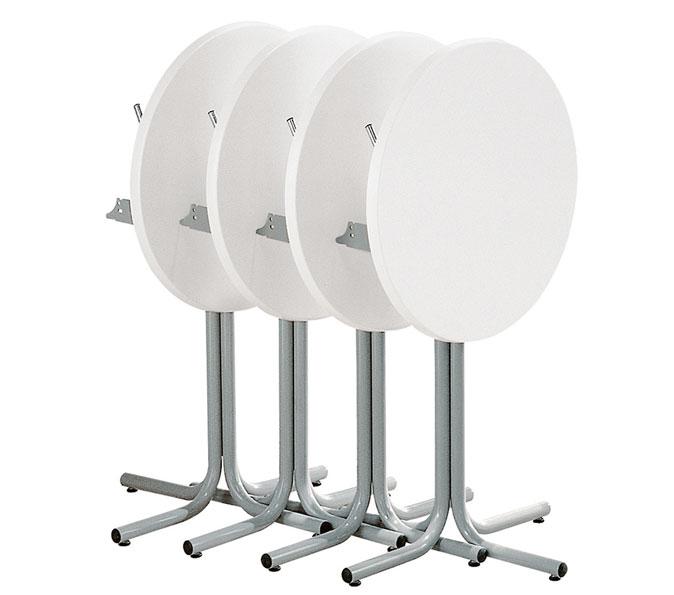 weiße Tische für Bars